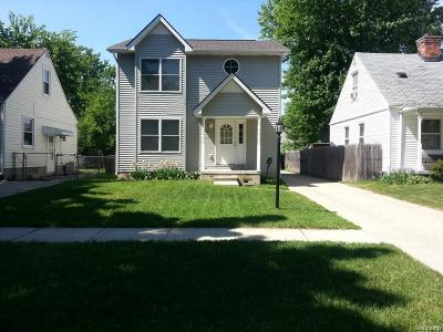 Wayne Single Family Home For Sale: 34024 Currier St
