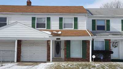 Flint Single Family Home For Sale: 3830 Park Forest Drive