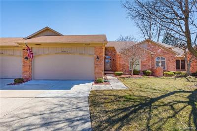 Clinton Township Condo/Townhouse For Sale: 40934 E Rosewood Dr