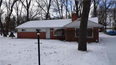 West Bloomfield Single Family Home For Sale: 2360 Keith Rd