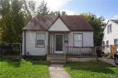 Detroit Single Family Home For Sale: 19942 McCormick St