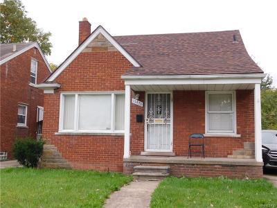Detroit Single Family Home For Sale: 15470 Fairmount Dr