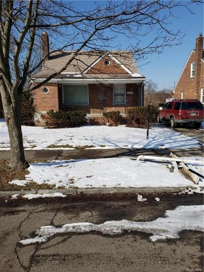 Detroit Single Family Home For Sale: 20235 Manor St