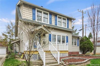 Ferndale Single Family Home For Sale: 849 W Breckenridge St