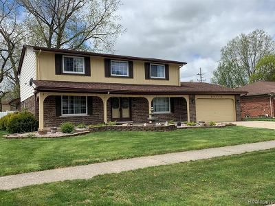 Clinton Township Single Family Home For Sale: 40169 Vincenzia Dr