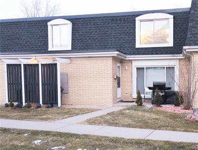 Warren Condo/Townhouse For Sale: 29660 City Center Dr