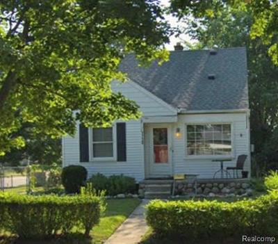 Royal Oak Single Family Home For Sale: 1720 N Connecticut Ave