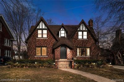 Grosse Pointe Park Single Family Home For Sale: 1024 Nottingham Rd