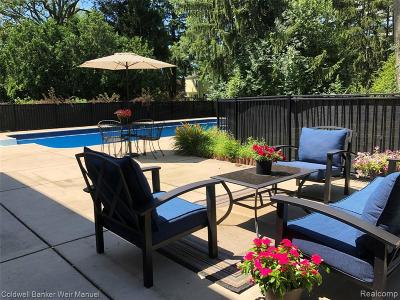 Beverly Hills Single Family Home For Sale: 31319 Foxboro Way
