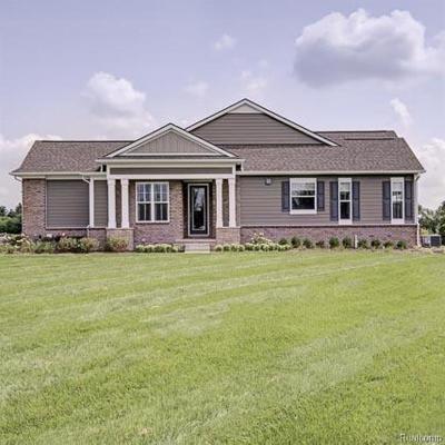 Northville Condo/Townhouse For Sale: 17050 Garden Ridge Ln