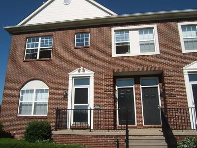 Sterling Heights Condo/Townhouse For Sale: 43075 Strand Dr