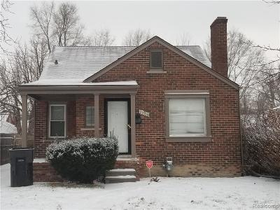 Grosse Pointe Single Family Home For Sale: 21916 Moross Rd