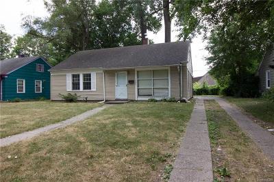 Oak Park Single Family Home For Sale: 10661 Albany St