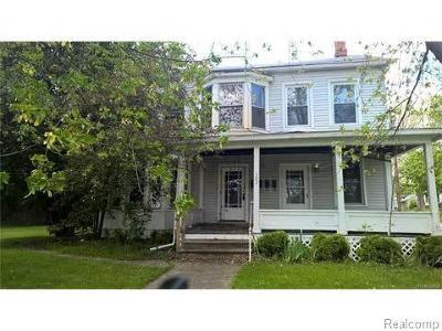 Saint Clair Single Family Home For Sale: 302 S 6th St
