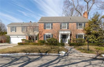 Grosse Pointe Farms Single Family Home For Sale: 26 Christine Dr