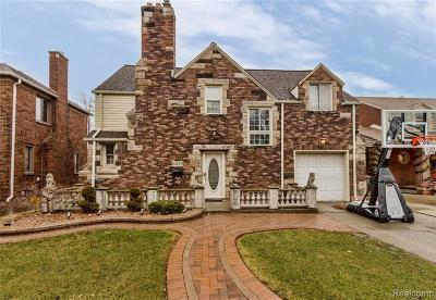 Dearborn Single Family Home For Sale: 6833 Oakman Blvd