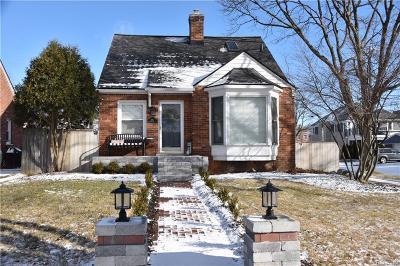 Birmingham Single Family Home For Sale: 385 E Southlawn Blvd