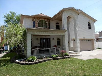 Dearborn Heights Single Family Home For Sale: 702 Ardmore St