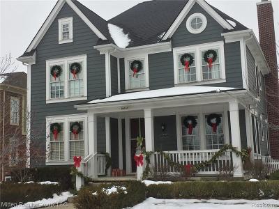 Wayne Single Family Home For Sale: 49648 Garfield Ln