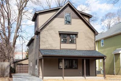 Royal Oak Single Family Home For Sale: 337 E Kenilworth Ave