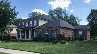 Wayne Single Family Home For Sale: 49521 Lansdowne St