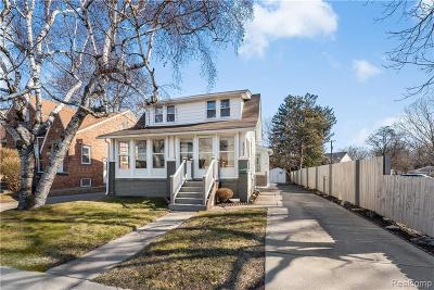 Royal Oak Single Family Home For Sale: 2014 Crooks Rd