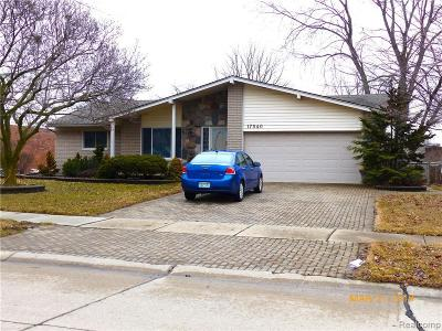 Livonia Single Family Home For Sale: 17040 Fitzgerald St