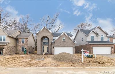 Wayne Single Family Home For Sale: 8735 Oak Ridge Trail