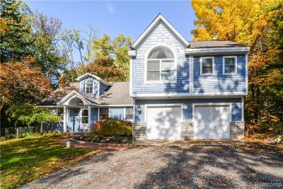 West Bloomfield Single Family Home For Sale: 7600 Crestmore St