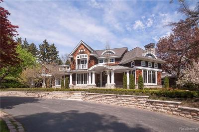 Bloomfield Hills Single Family Home For Sale: 1910 Tiverton Rd