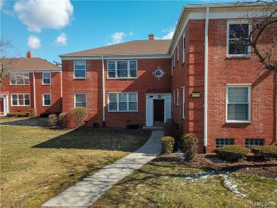 Harper Woods Condo/Townhouse For Sale: 21519 Kingsville St