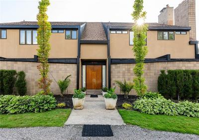 Detroit Single Family Home For Sale: 19301 Burlington Dr