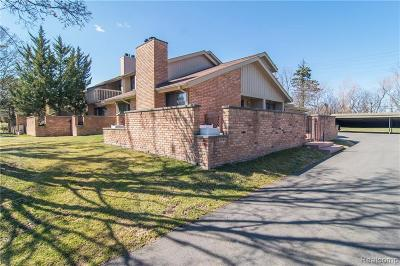 Bloomfield Hills Condo/Townhouse For Sale: 1576 S Hill Blvd