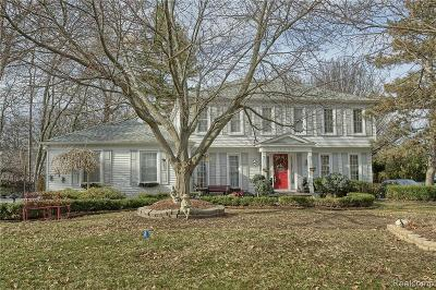 West Bloomfield Single Family Home For Sale: 4430 Savoie Trl