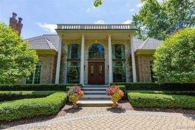 Rochester Hills Single Family Home For Sale: 3565 Tienken Rd