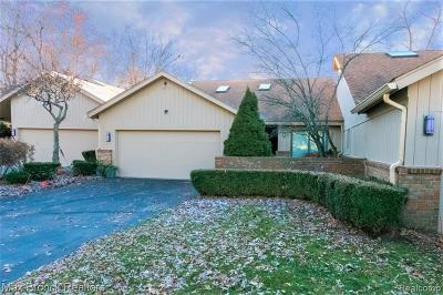 Bloomfield Hills Condo/Townhouse For Sale: 3632 Pheasant Run