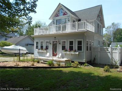 Harsens Island Single Family Home For Sale: 123 Mackinac St