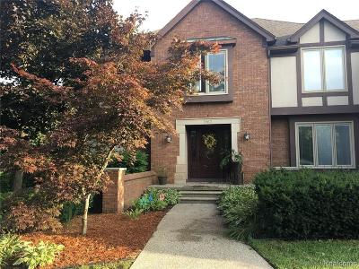 Bloomfield Hills Single Family Home For Sale: 2610 Hunters Blf