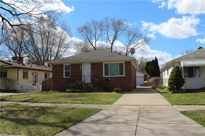 Dearborn Heights Single Family Home For Sale: 5330 Croissant St
