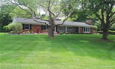 Bloomfield Hills Single Family Home For Sale: 987 N Reading Rd
