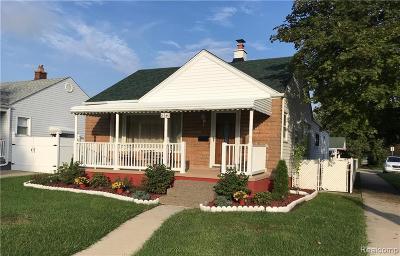 Southgate Single Family Home For Sale: 13543 Poplar St
