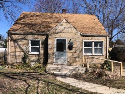 Roseville Single Family Home For Sale: 19569 Waldron St