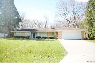 Farmington Hills Single Family Home For Sale: 30075 Minglewood Ln