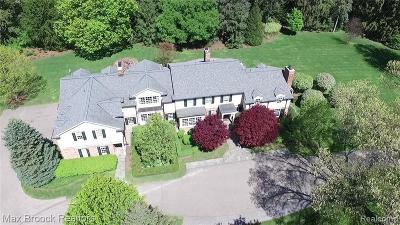 Bloomfield Hills Single Family Home For Sale: 765 Vaughan Rd