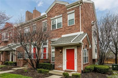 Royal Oak Condo/Townhouse For Sale: 1478 Maryland Club Dr