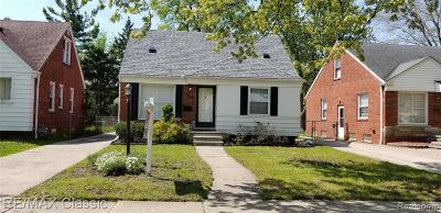 Harper Woods Single Family Home For Sale: 20878 Lancaster St