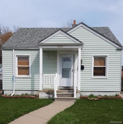 Dearborn Single Family Home For Sale: 6266 Williamson St