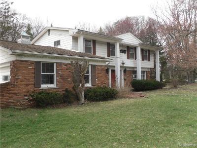 Warren Single Family Home For Sale: 32027 Aline Dr