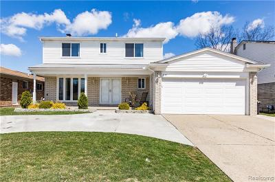 Macomb Single Family Home For Sale: 4137 Wingate Dr