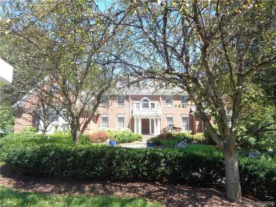 Bloomfield Hills Single Family Home For Sale: 14 Beresford Crt
